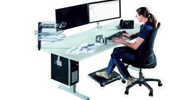 Funktionalität und Komfort, Praxistauglichkeit und Wirtschaftlichkeit sollten am ergonomischen CAD-Arbeitsplatz Hand in Hand gehen. Bildquelle: Krieg Industriegeräte